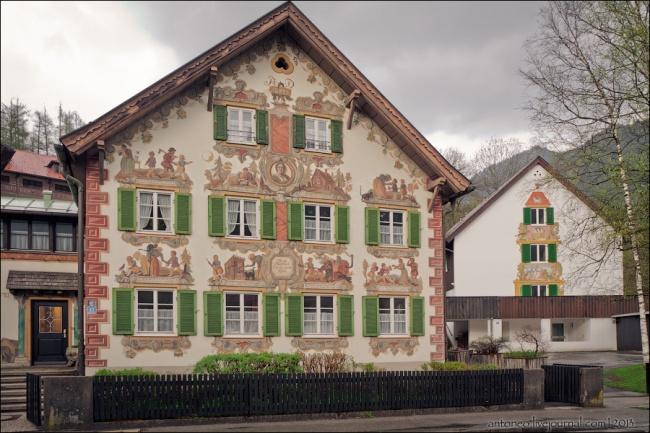 Деревня высокого искусства.