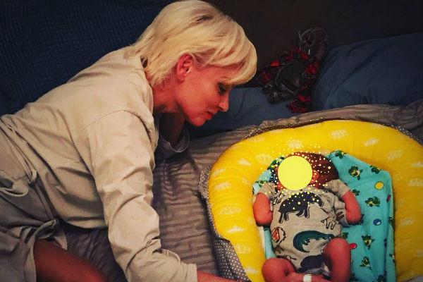 Актриса Жанна Эппле впервые стала бабушкой