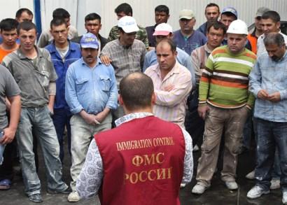 Ромодановский заявил о бессилии ФМС перед мигрантами-нелегалами