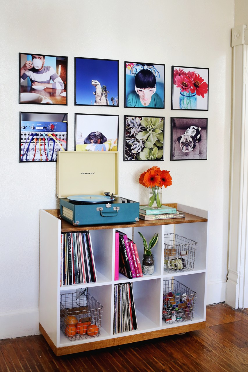 record-frame-photo-wall-from-a-beautiful-mess