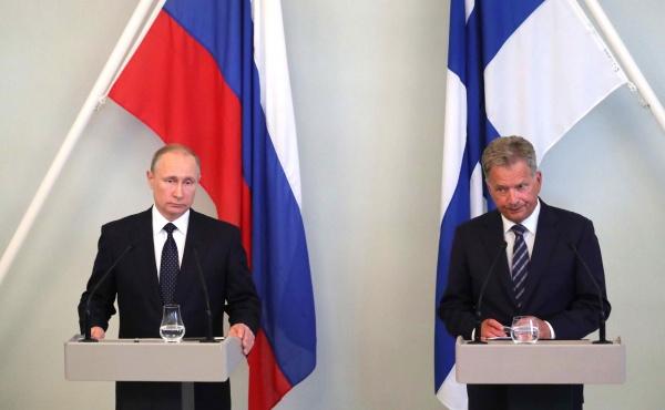 Путин: Сотрудничество России иКитая ненаправлено против третьих стран