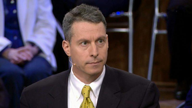 Майкл Бом рассказал, почему Штаты не хотят помогать Украине.