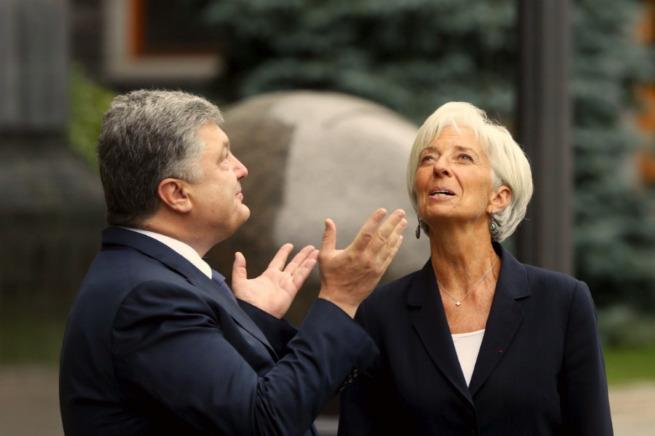 Порошенко рассчитается за кредиты МВФ украинской землей и народом