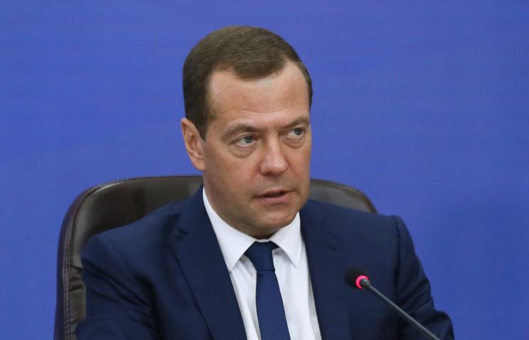 Медведев рассчитывает, что рост ВВП РФ по итогам года превысит 2%