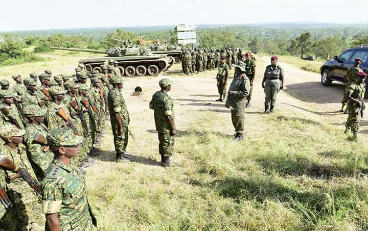 В Уганде подготовлены 86 командиров танков