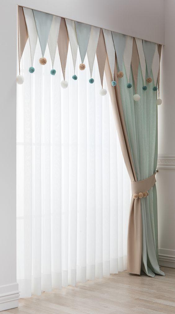 Идеи как оригинально оформить окно текстилем.