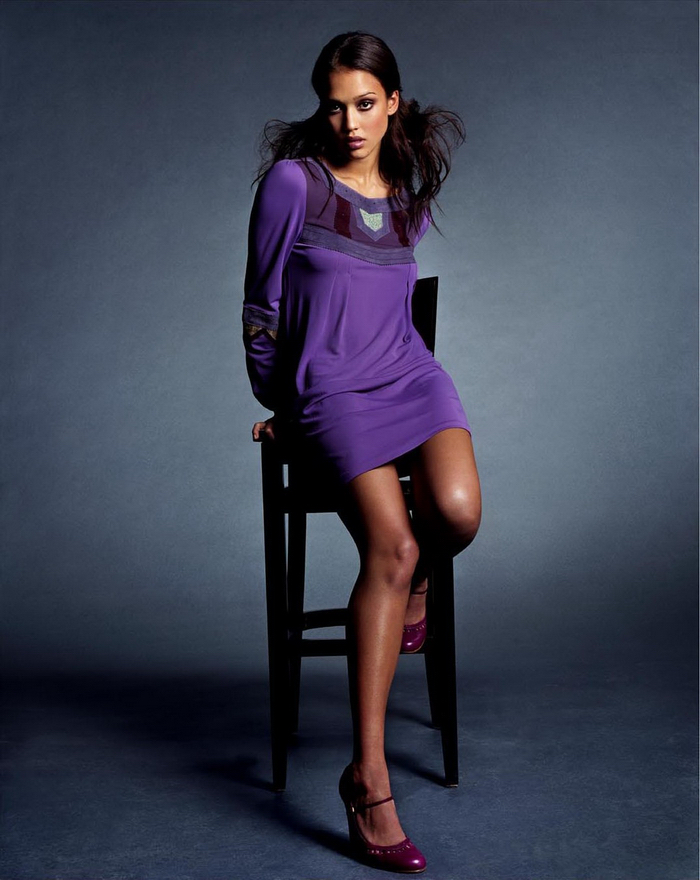 Джессика Альба  в фотосессии Майкла Томпсона для журнала Allure  апрель 2002