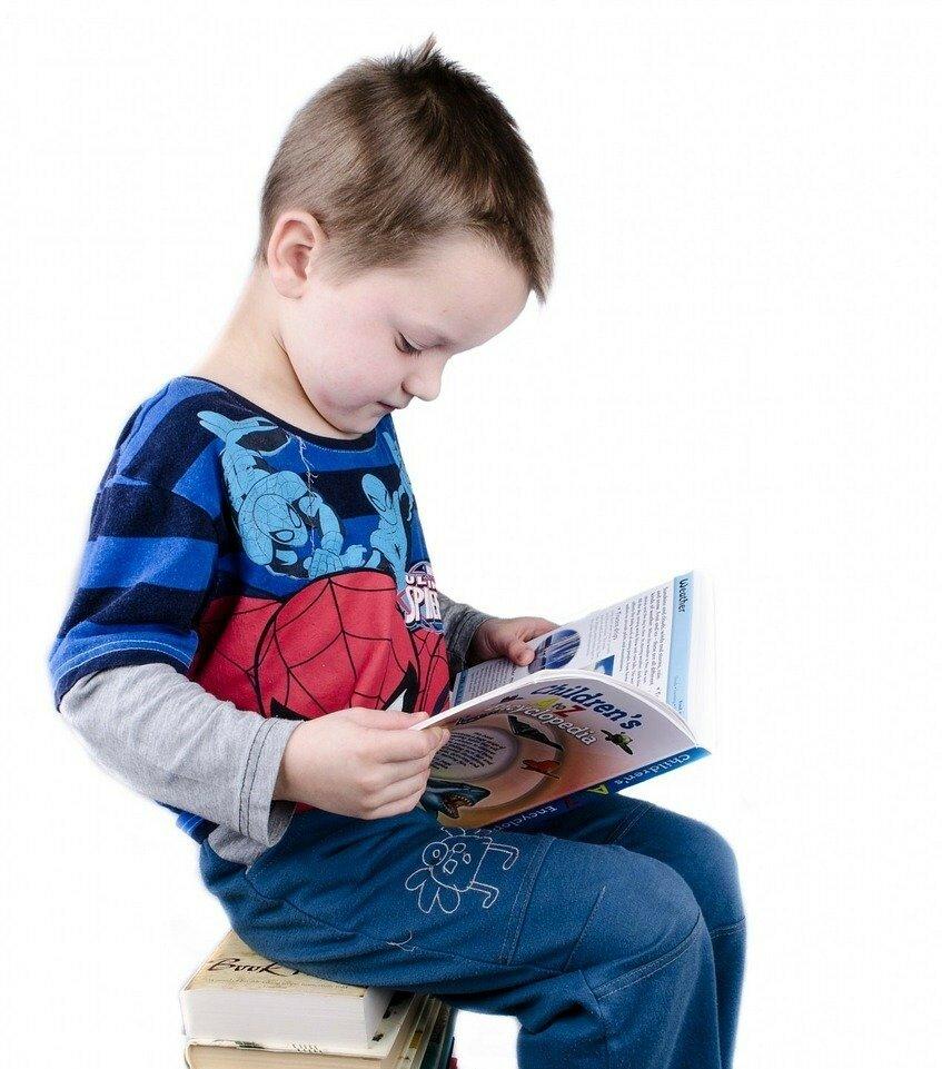 Почему у ребёнка не получается решать задачи? Проблема может быть в чтении. Попробуйте такую тренировку