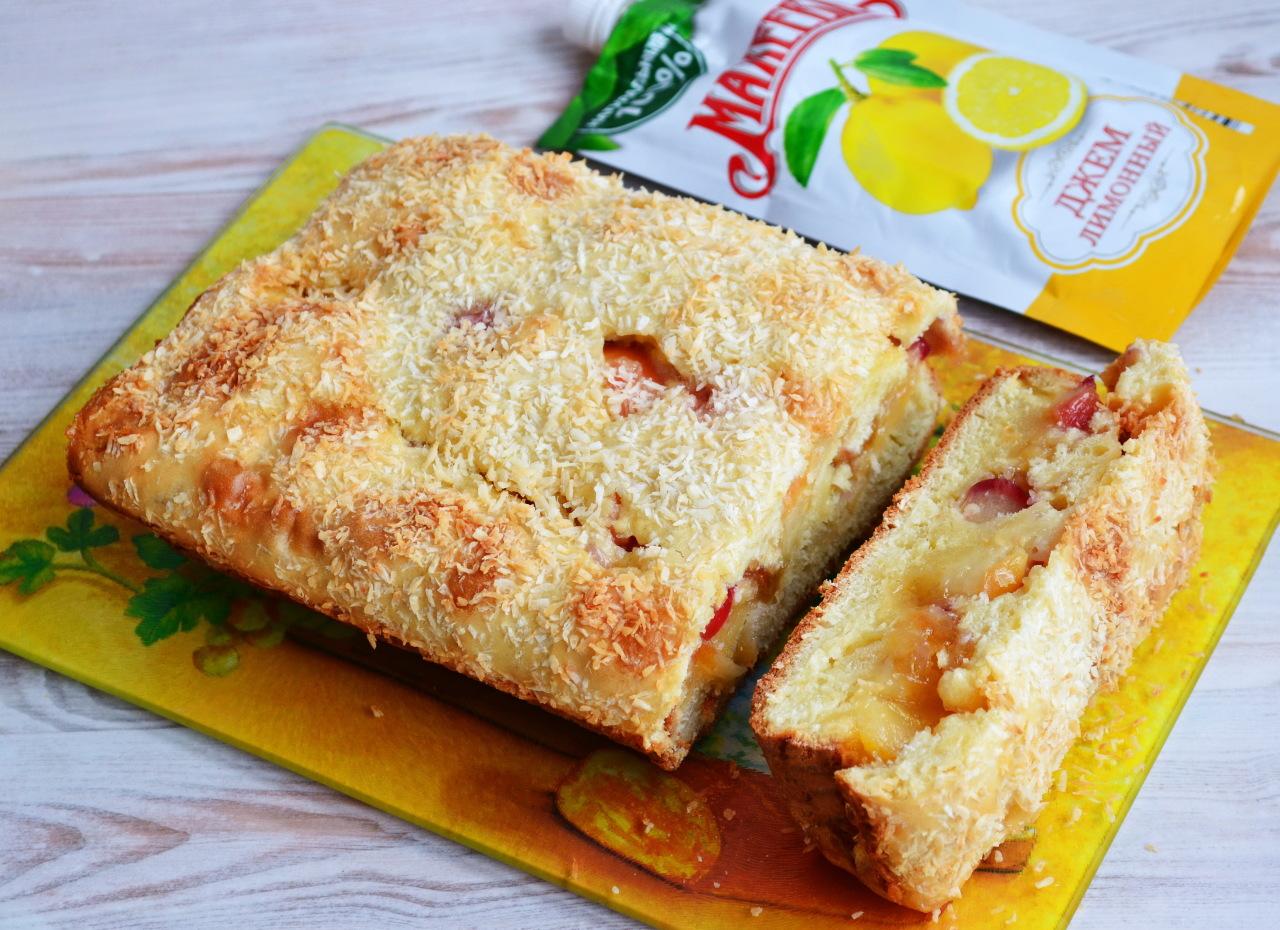 Уютный домашний десерт: яблоки запеченные с творожно-ванильной начинкой, изюмом и орехами