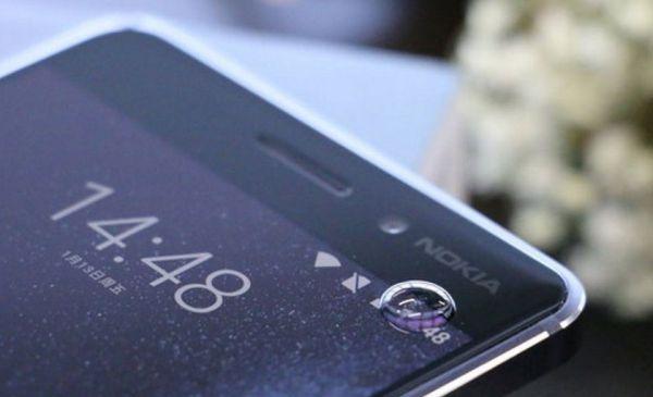 У Nokia 9 будет сканер радужки глаза