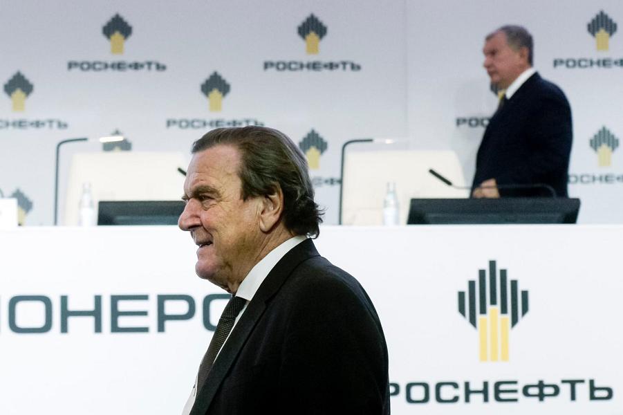 Экс-канцлер Шредер за снятие санкций. Но я теперь против, категорически