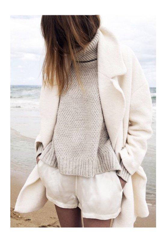 Светлая одежда: полнит или вызывает восторг?