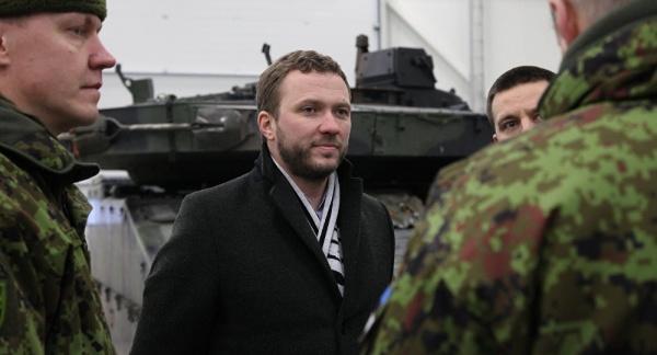 Эстония затеяла перевооружение своей армии