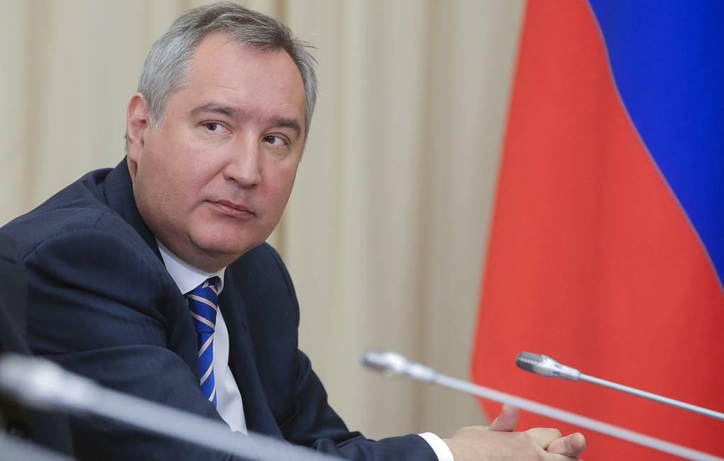 """Рогозин не знает, как робот """"Федор"""" пишет в Twitter"""