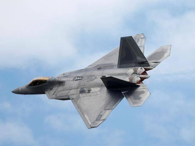 Американские истребители открыли огонь по российским штурмовикам в Сирии