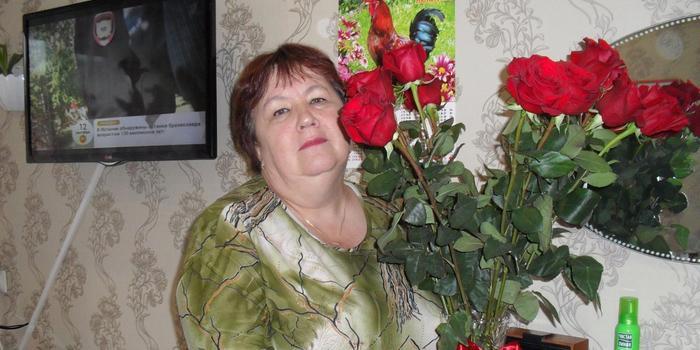 В Екатеринбурге родственники сдали полиции пенсионерку, укравшую в банке 11 млн