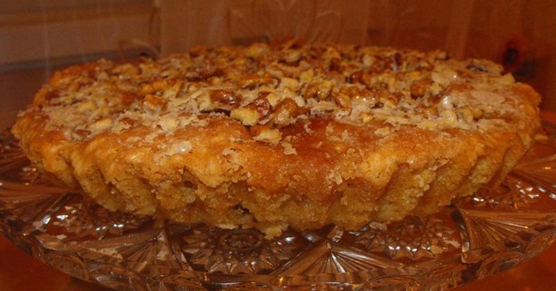 Рецепт пирога с яблоками и орехами