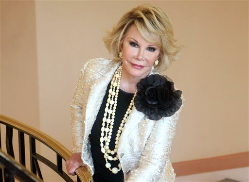 Joan Rivers' Doc Took Selfie During Surgery