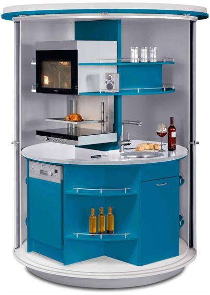 голубая вращающаяся кухня