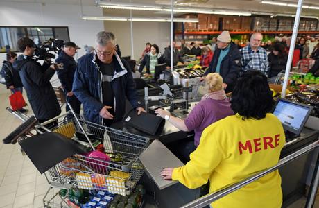 Российский супермаркет вызвал небывалый ажиотаж в Германии — СМИ