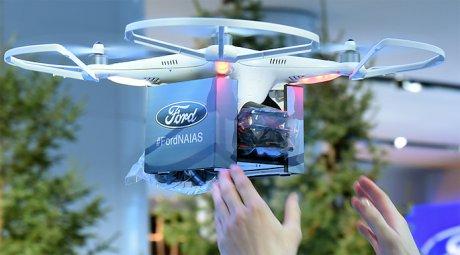 Ford задействует воздушные дроны для помощи беспилотным автомобилям