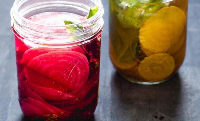 Свекла ферментированная с тмином и базиликом: полезнее не бывает