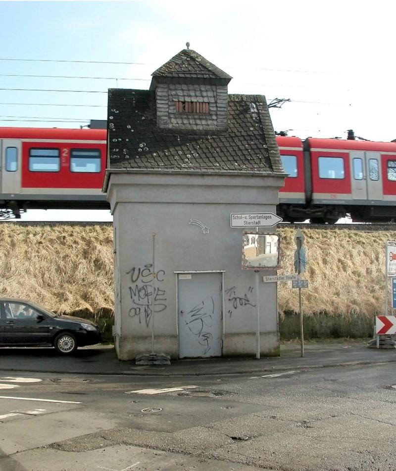 Фото самого маленького дома в Германии покоряют Интернет. Загляни внутрь — ты просто обалдеешь!