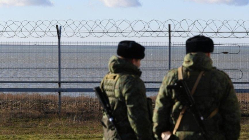 В Киеве отреагировали на появление заграждения на границе РФ и Украины в Крыму