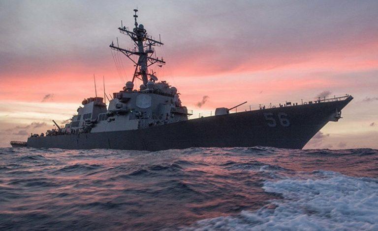 Эсминец США прошёл «мимо тёщиного дома»