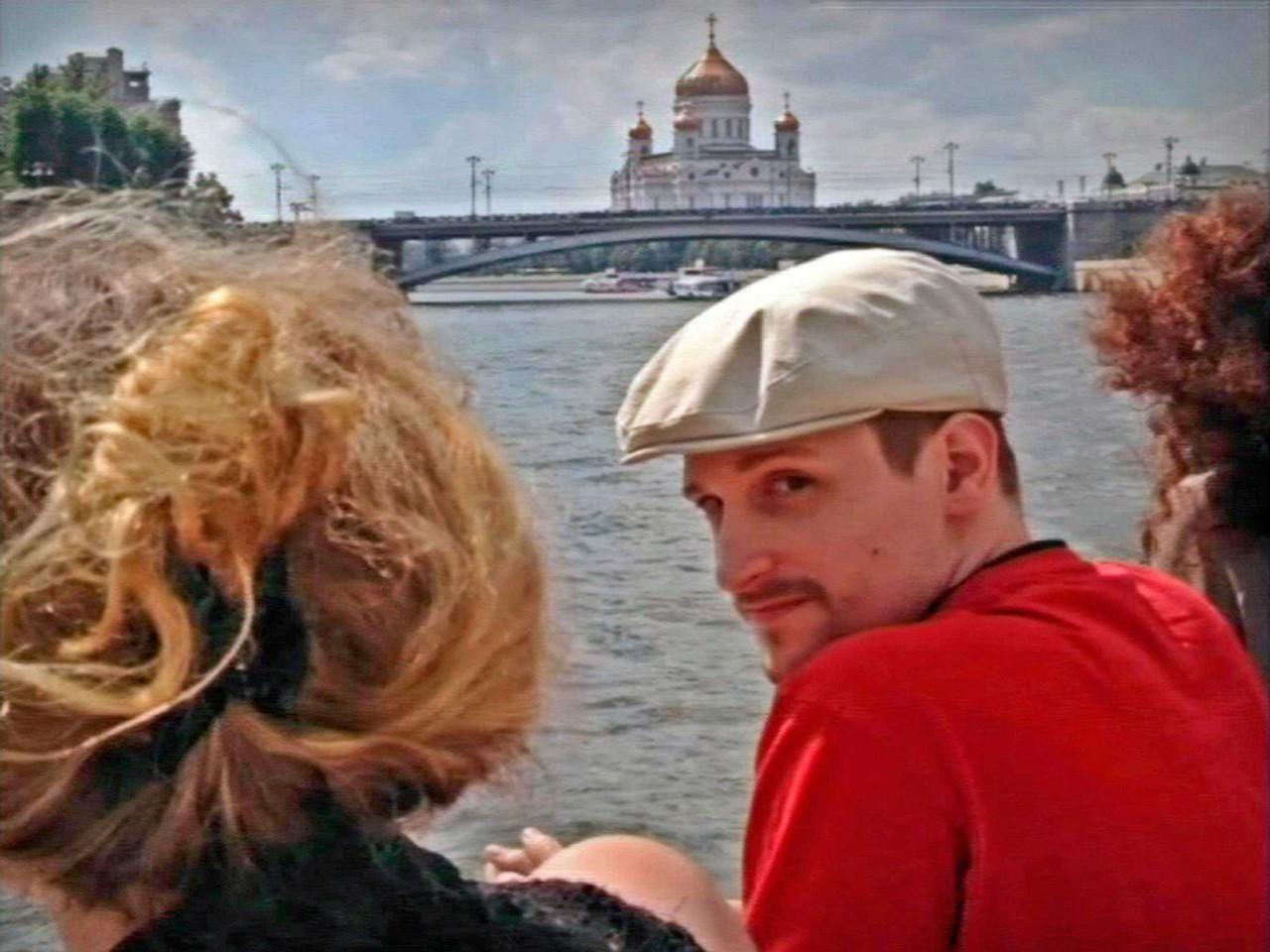СМИ: Эдвард Сноуден хочет остаться в России ещё на год