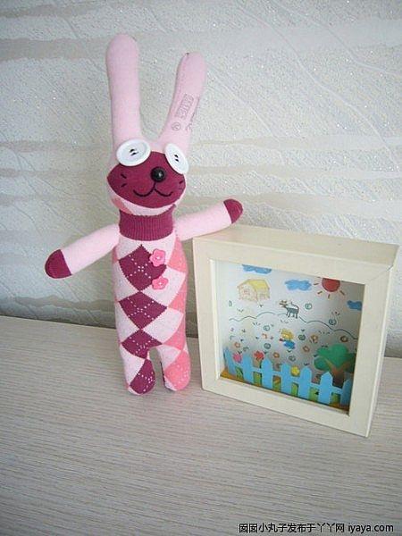 игрушки из носков. куколка и зайчик (8) (450x600, 131Kb)