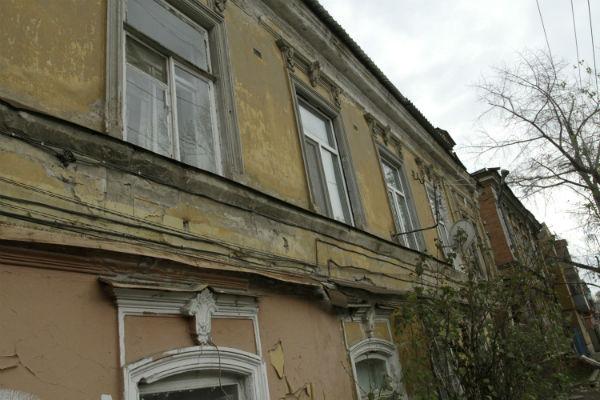 12 регионов России срывают программу расселения аварийного жилья