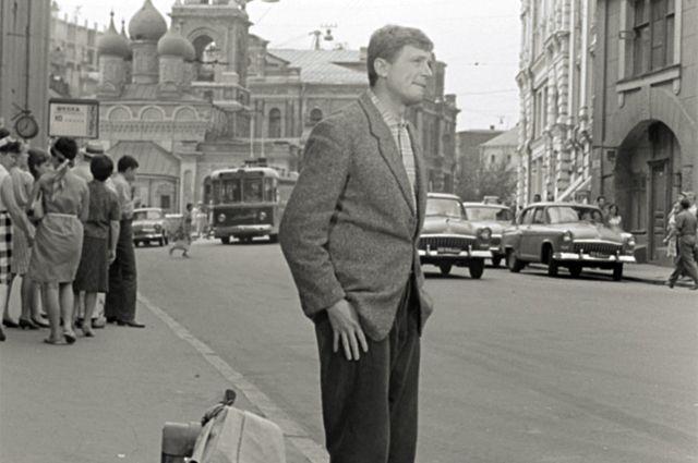 К юбилею Рязанова покажут цветную версию фильма «Берегись автомобиля»
