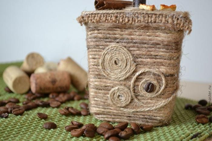 Поделки из кофейных зерен и мешковины