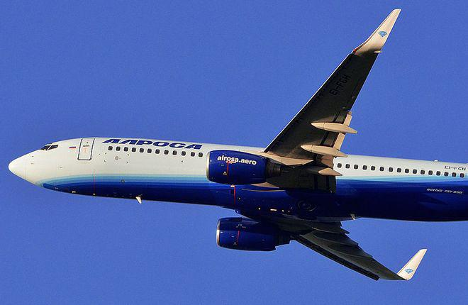 "Авиакомпания ""Алроса"" предпочла Boeing 737 самолетам SSJ 100"