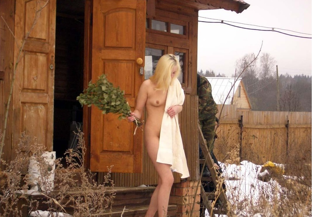seks-blondinki-i-negrov-video