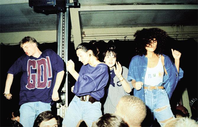 Рейв 1990-х: как это было