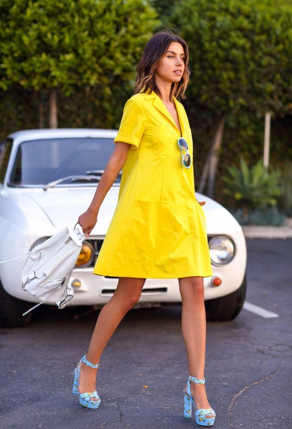 Как носить платье-трапецию: 20 вдохновляющих образов