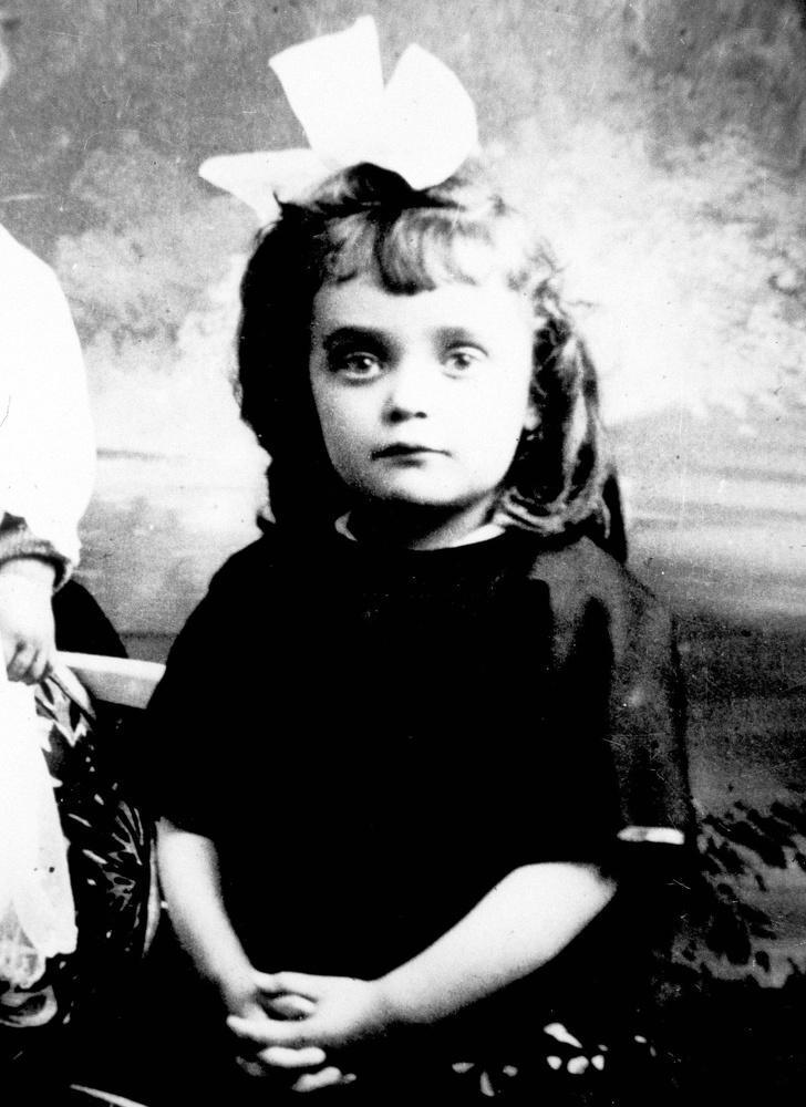 Счастливая и одновременно трагическая жизнь «парижского воробушка» — Эдит Пиаф