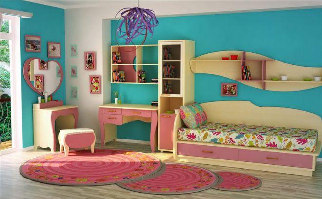 полки над кроватью в детской