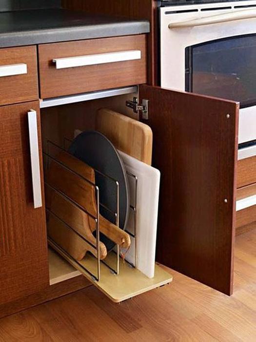 Такой ящик удобен в применении, все доски на своем месте и не мешаются под рукой.