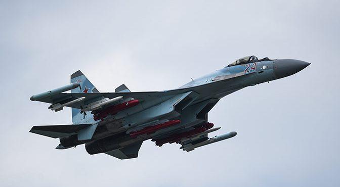 Бесконечные провокации США: американец F-22 трусливо сбежал от русского Су-35 в Ирак. CNN: Пентагон опасается, что «придётся сбивать» российские самолёты в Сирии