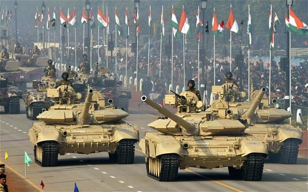 Барак Обама на параде в Индии смотрел на российскую технику