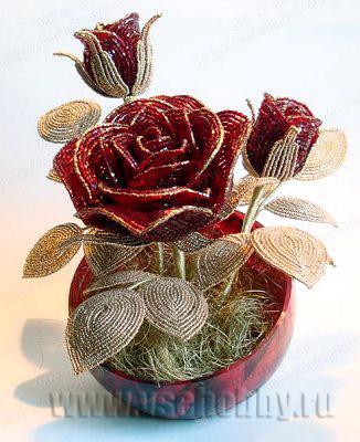 Розы из бисера своими руками