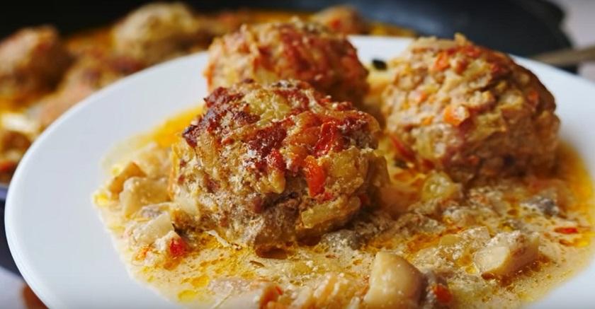 Тефтели в грибном соусе: очень простые и нереально вкусные