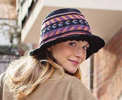 шляпа с лентой