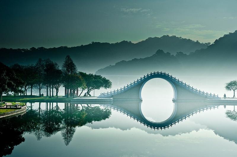 Лунный мост в Тайбэе, Тайвань (18 фото)