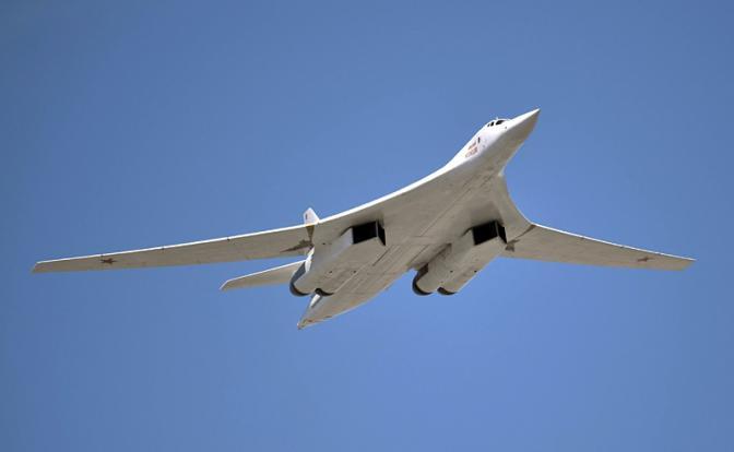 Ту-160 спикировали на Трампа…