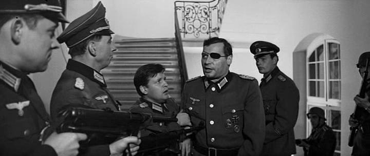 Меркель, Порошенко и полковник фон Штауфенберг
