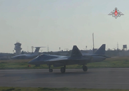Полеты опытных образцов Су-57 в Сирии